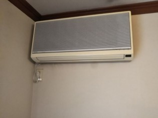 エアコン旧
