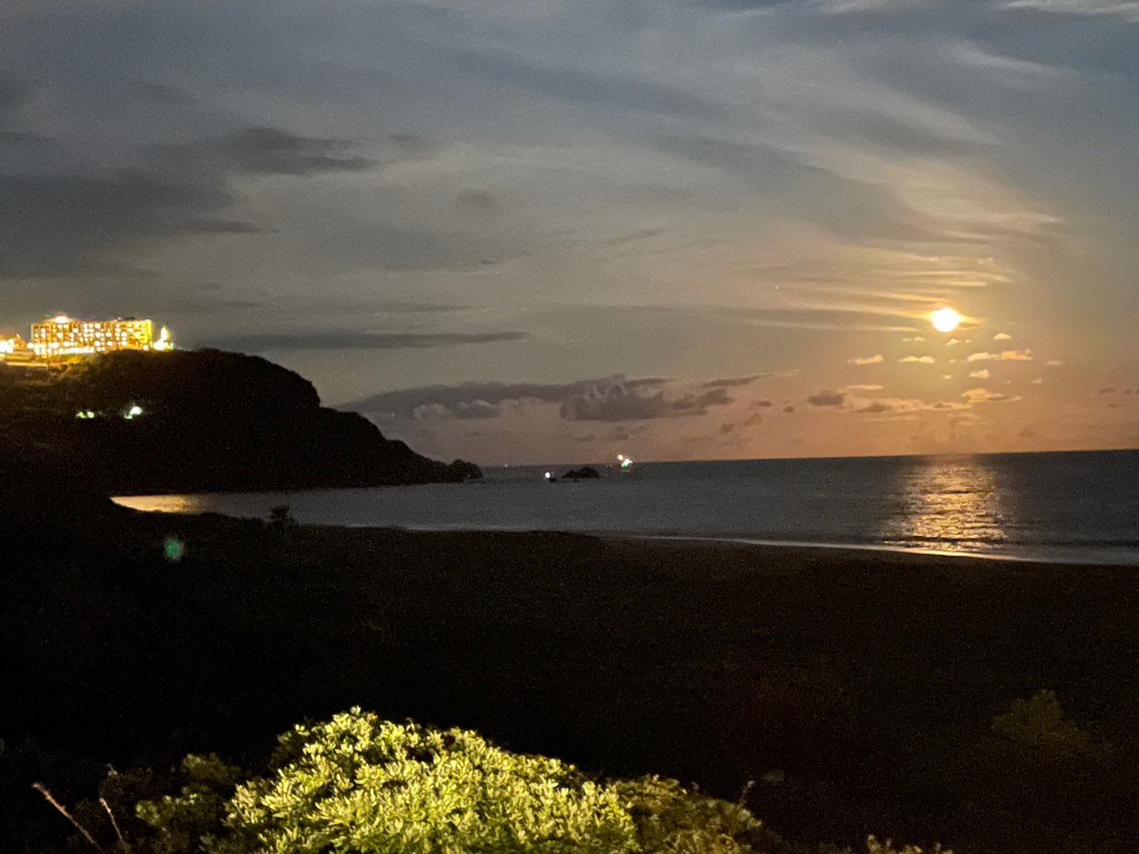 伊良湖の月